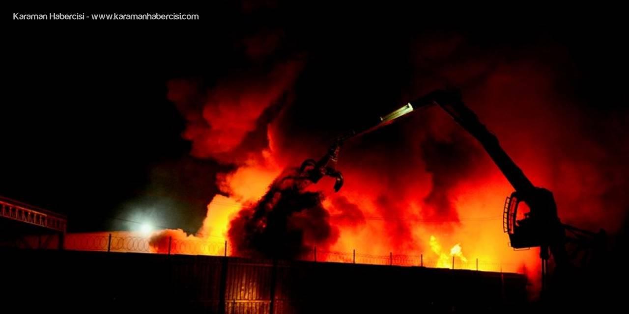 Eskişehir'de Geri Dönüşüm Fabrikasında Yangın