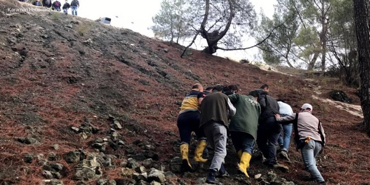 Antalya'da Şarampole Uçan Otomobilde Ölümden Döndüler