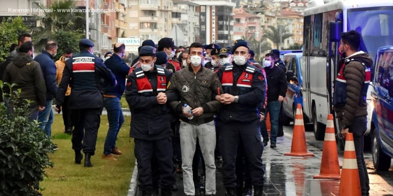 Antalya'da Uyuşturucu Tacirlerine Şok Operasyon