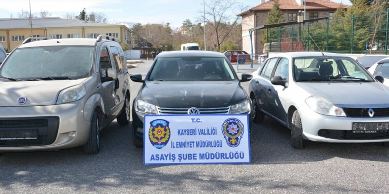Kayseri'de Çalıntı Oto Operasyonunda 3 Zanlı Gözaltına Alındı