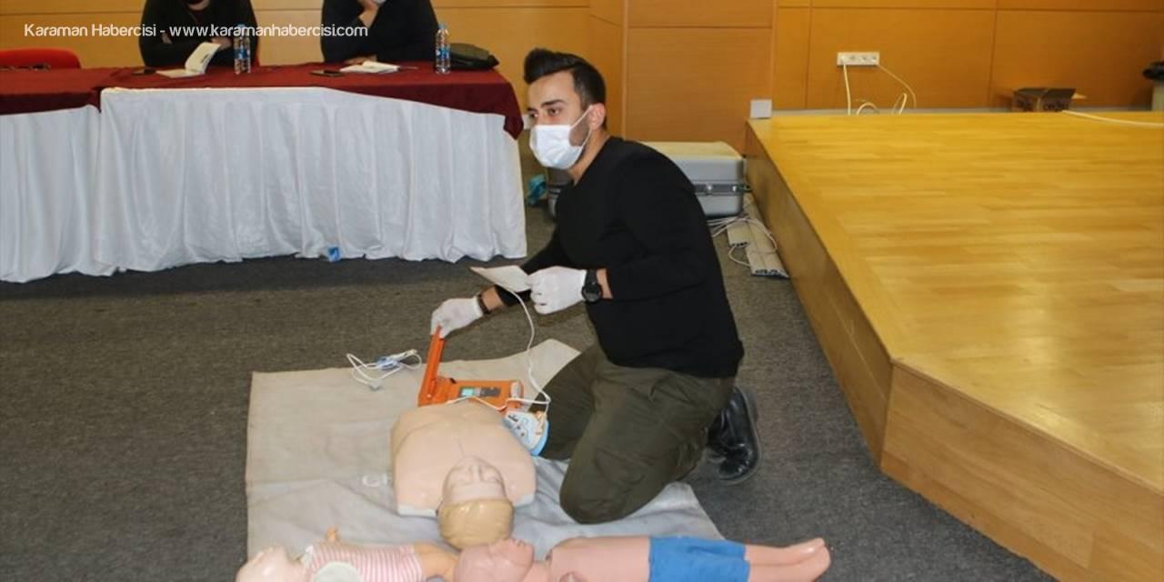 Antalya'da Belediye Personeline İlk Yardım Eğitimi