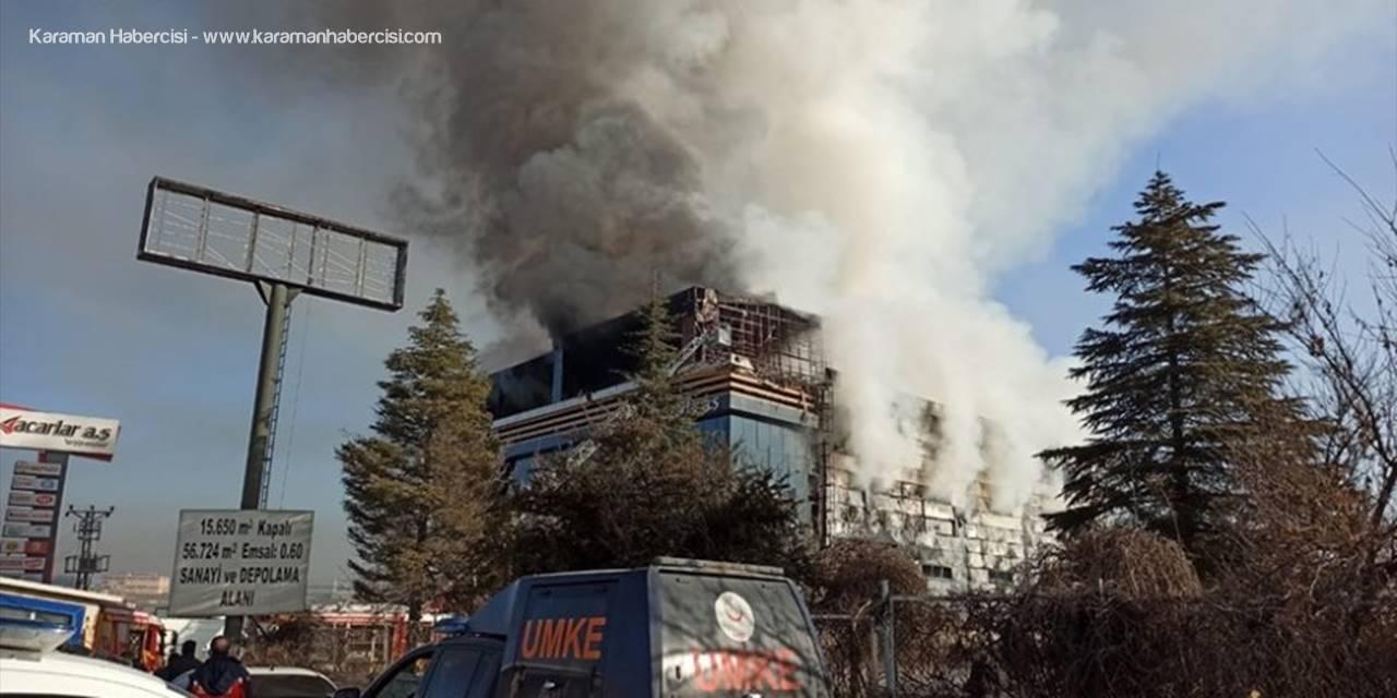 Kahramankazan'da Bir İş Yerinde Meydana Gelen Yangında Hasar Oluştu