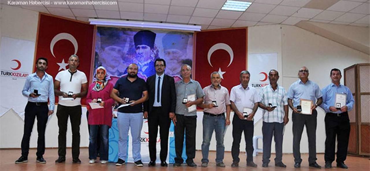 Karaman'da Kan Bağışında Bulunan Vatandaşlar Ödüllendirildi