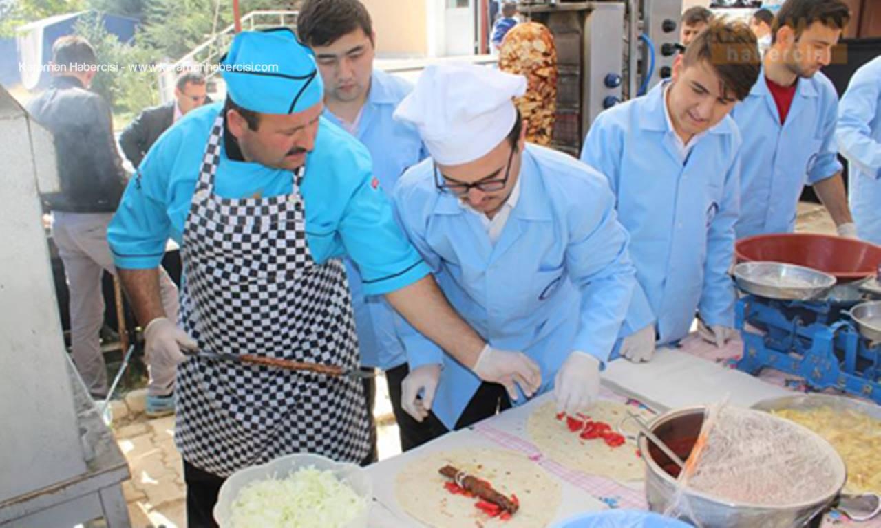 Karaman'da Öğrenciler İçin Bir Kermes Daha Açıldı