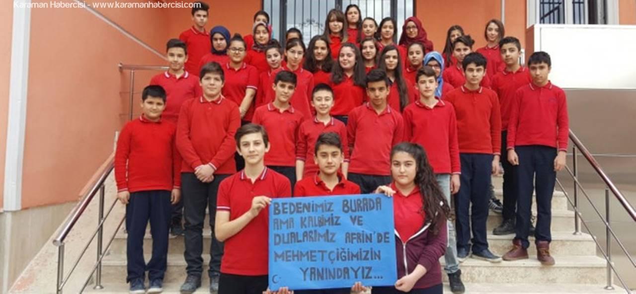 Öğrenciler Harçlıklarını Mehmetçik Vakfına Bağışladılar