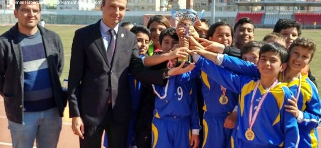 Küçükler Futbol İl Şampiyonu Alparslan Ortaokulu Oldu