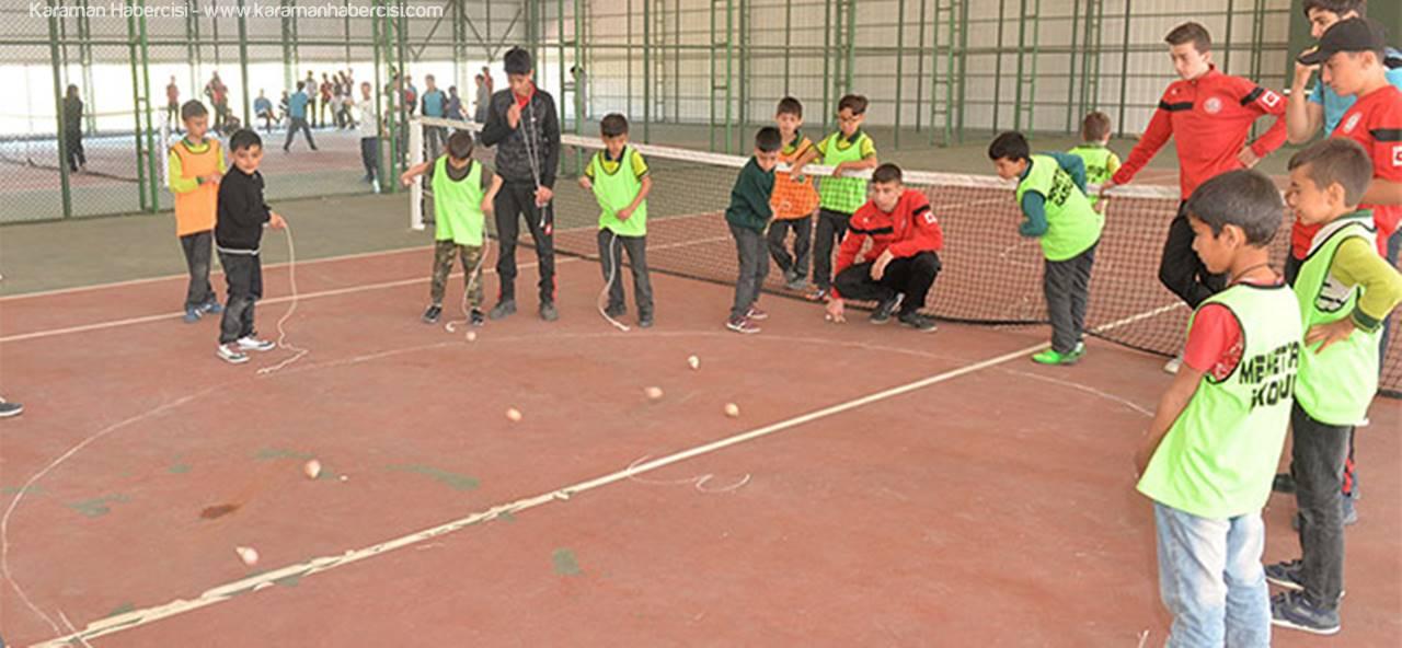 Öğrenciler Topaç Turnuvası ile Eğlendi