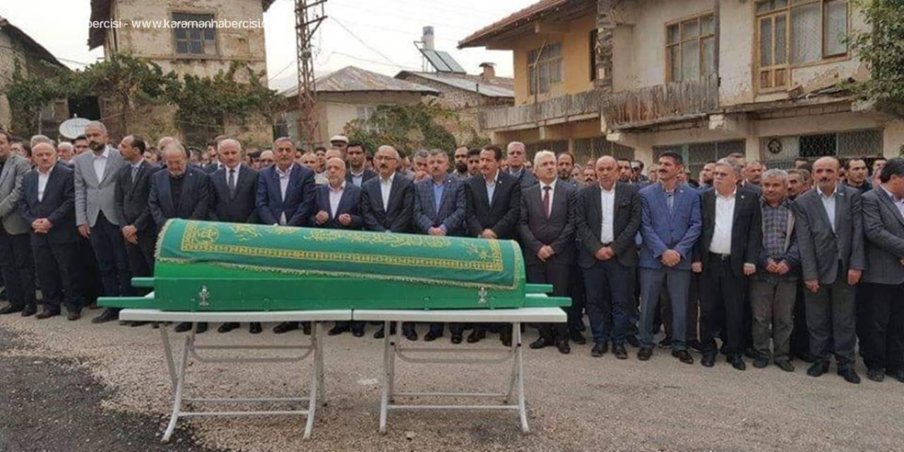 Hak-İş Genel Başkanı Mahmut Arslan'dan Babasına Son Görev