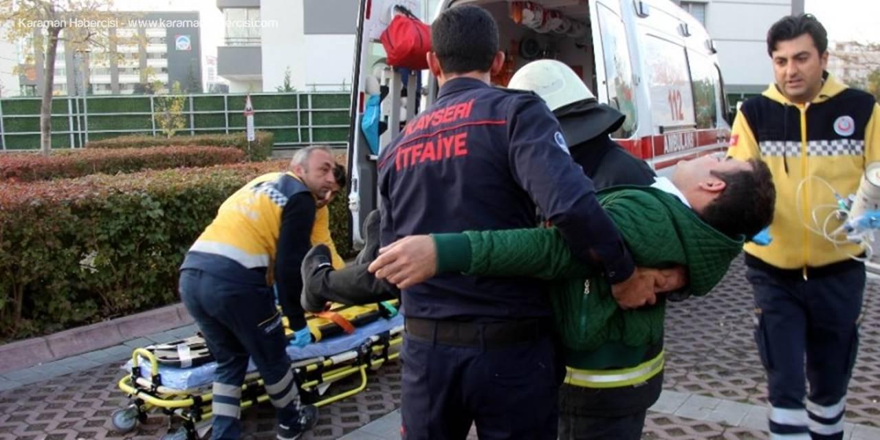 Bomba Uzmanları ve Sağlıkçılar Alışveriş Merkezine Gelince