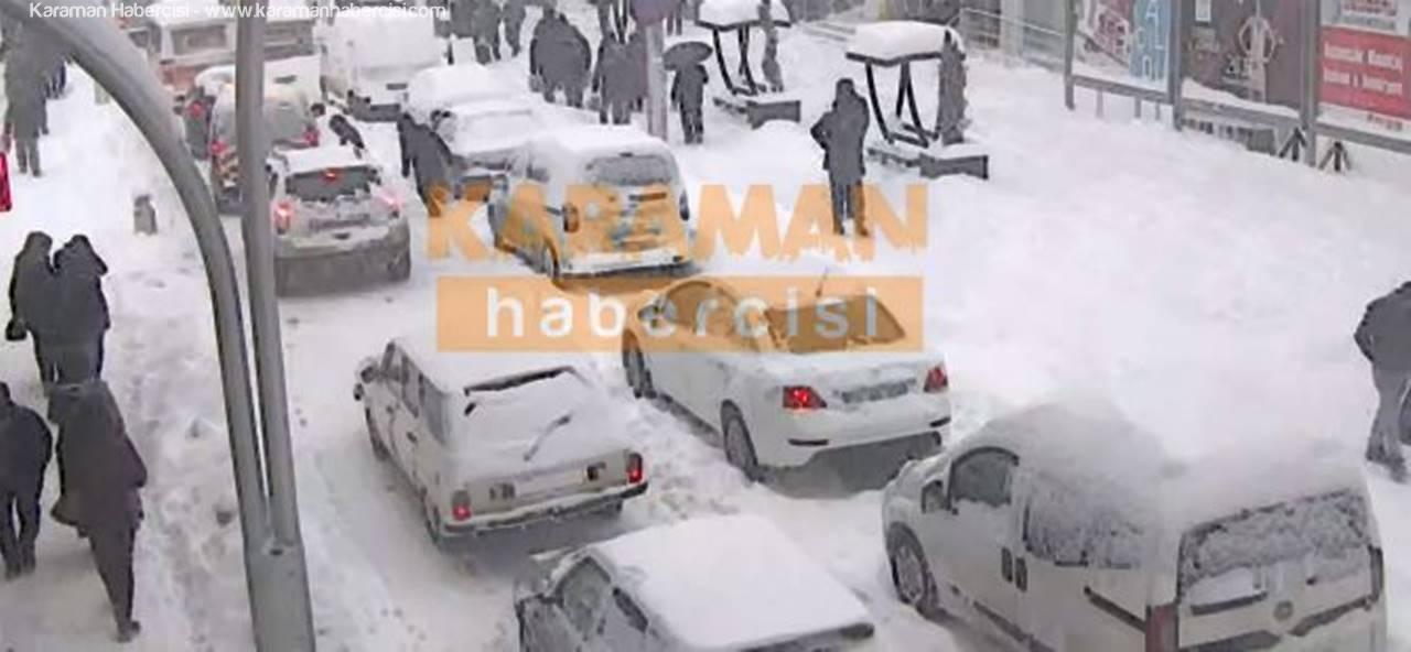 """Karaman'da Günün Sorusu """"Nerede Kaldı Belediye?"""" Oldu"""