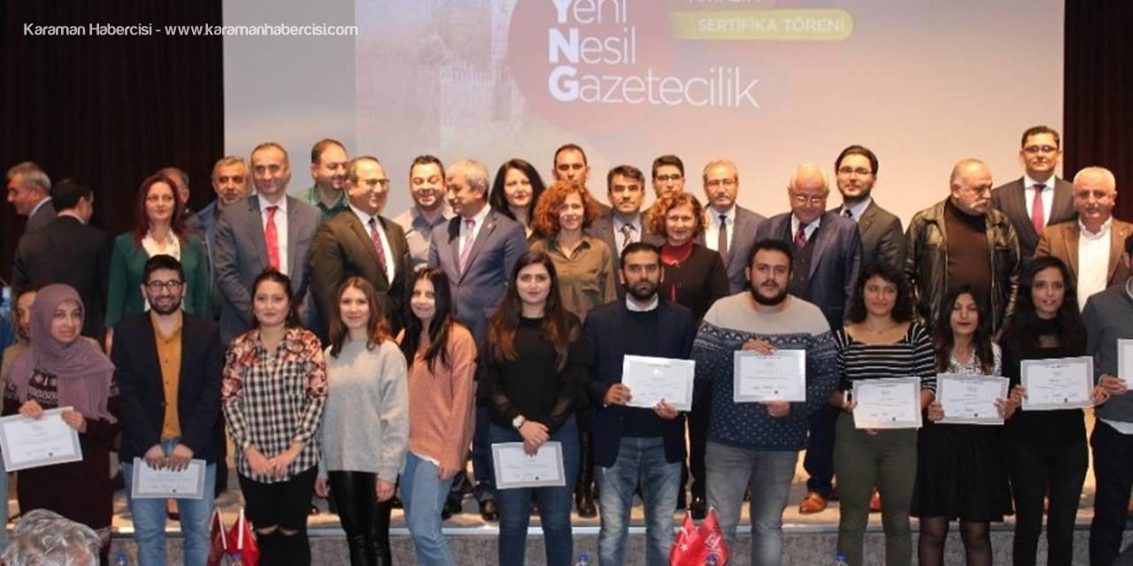 Antalya'da 25 Gazeteci Sertifikalarını Aldı