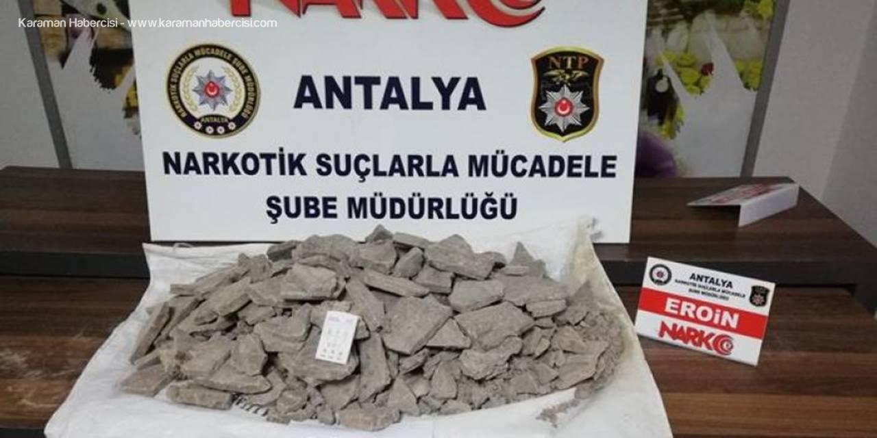 Kargoyla Uyuşturucu Ticareti Polise Takıldı