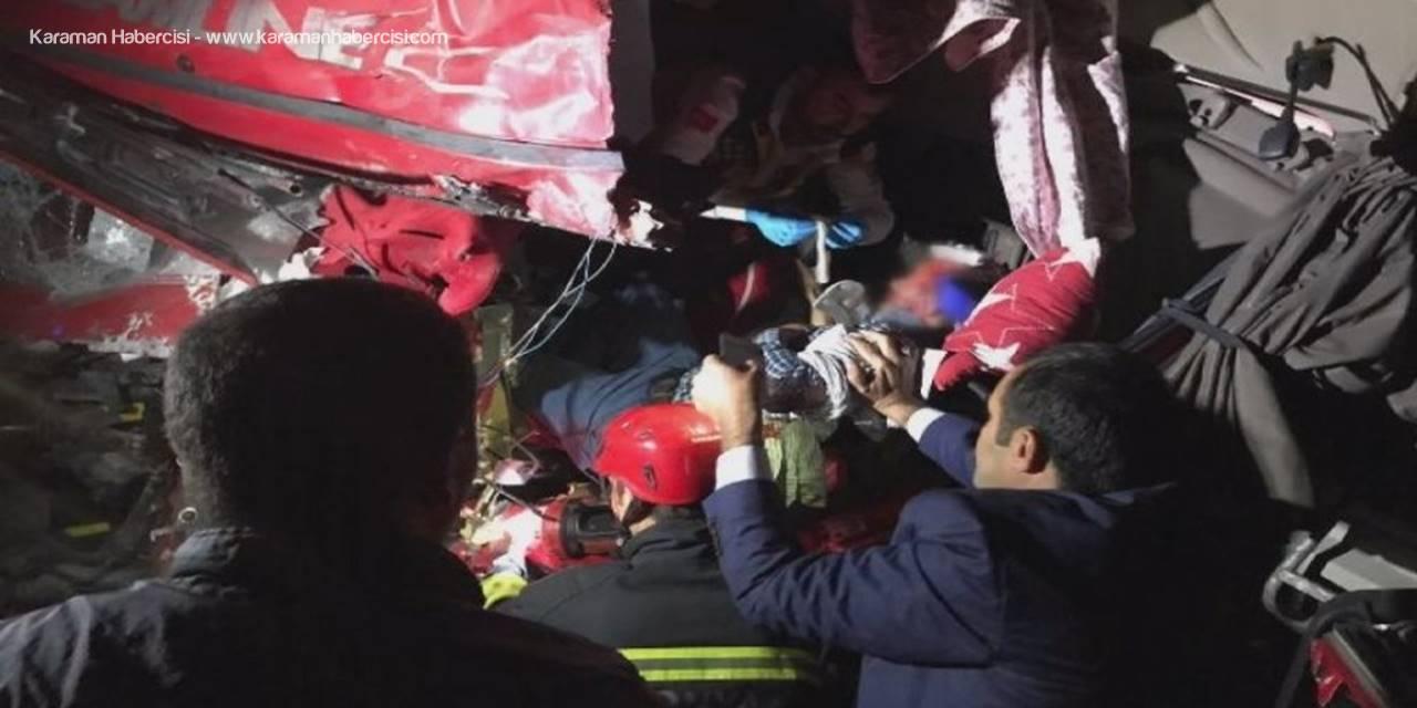 Konya'da Tırın Kabinine Sıkışan Sürücünün Zor Anları