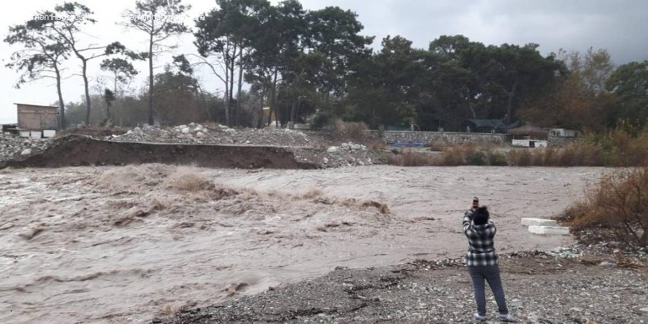 Türkiye'de Günlük Yağış Rekoru Antalya'da Kırıldı