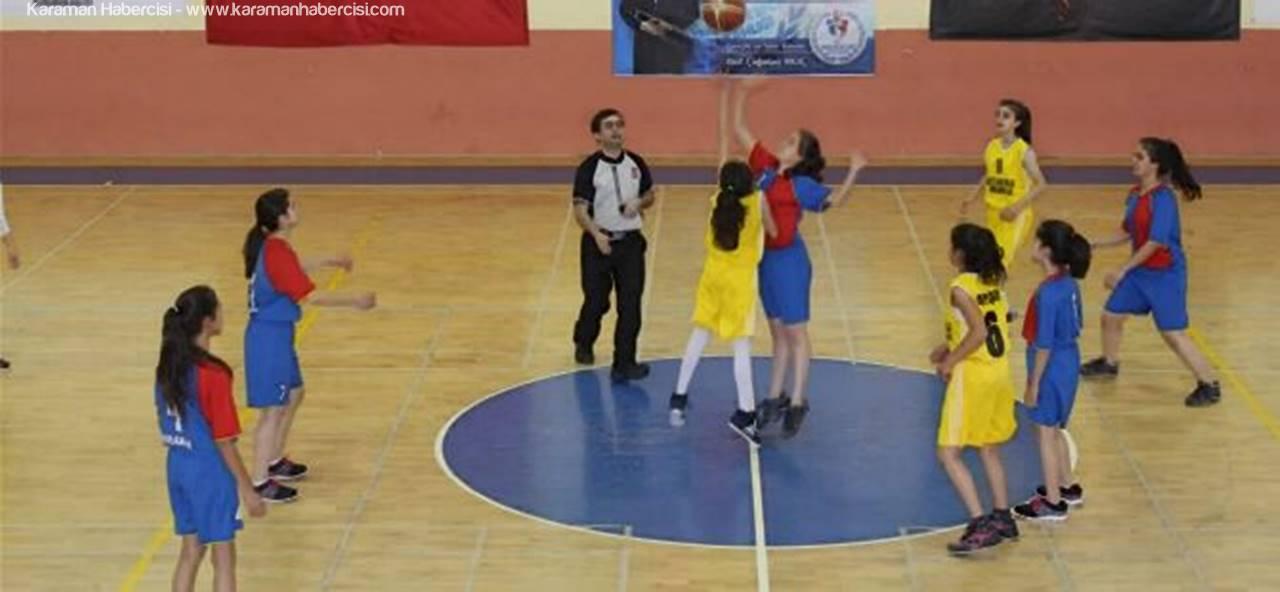 Karaman'da Okullar Arası Maçlar Başladı