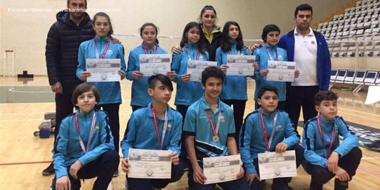Karaman Analig Badminton Takımı Çeyrek Finalde