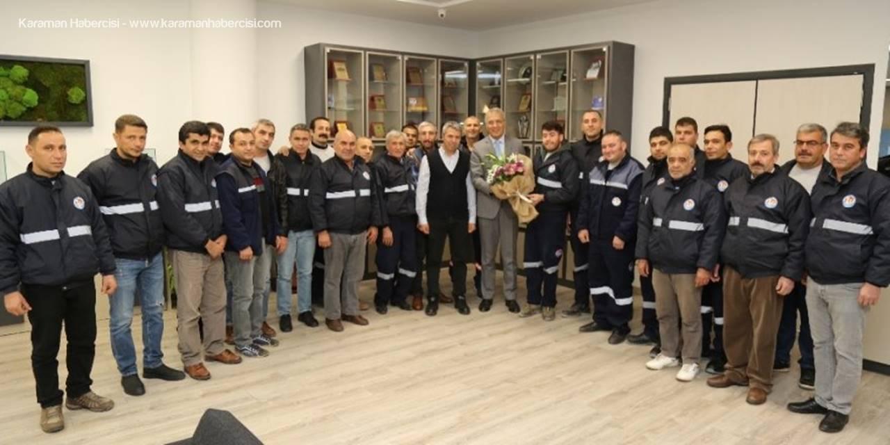 Temizlik Çalışanlarından Mezitli  Belediye Başkanı Neşet Tarhan'a Sözleşme Teşekkürü
