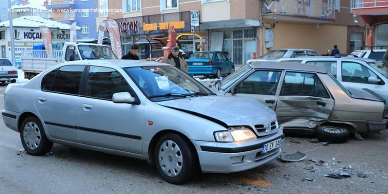 Karaman'da Trafik Kazası : 2 Yaralı