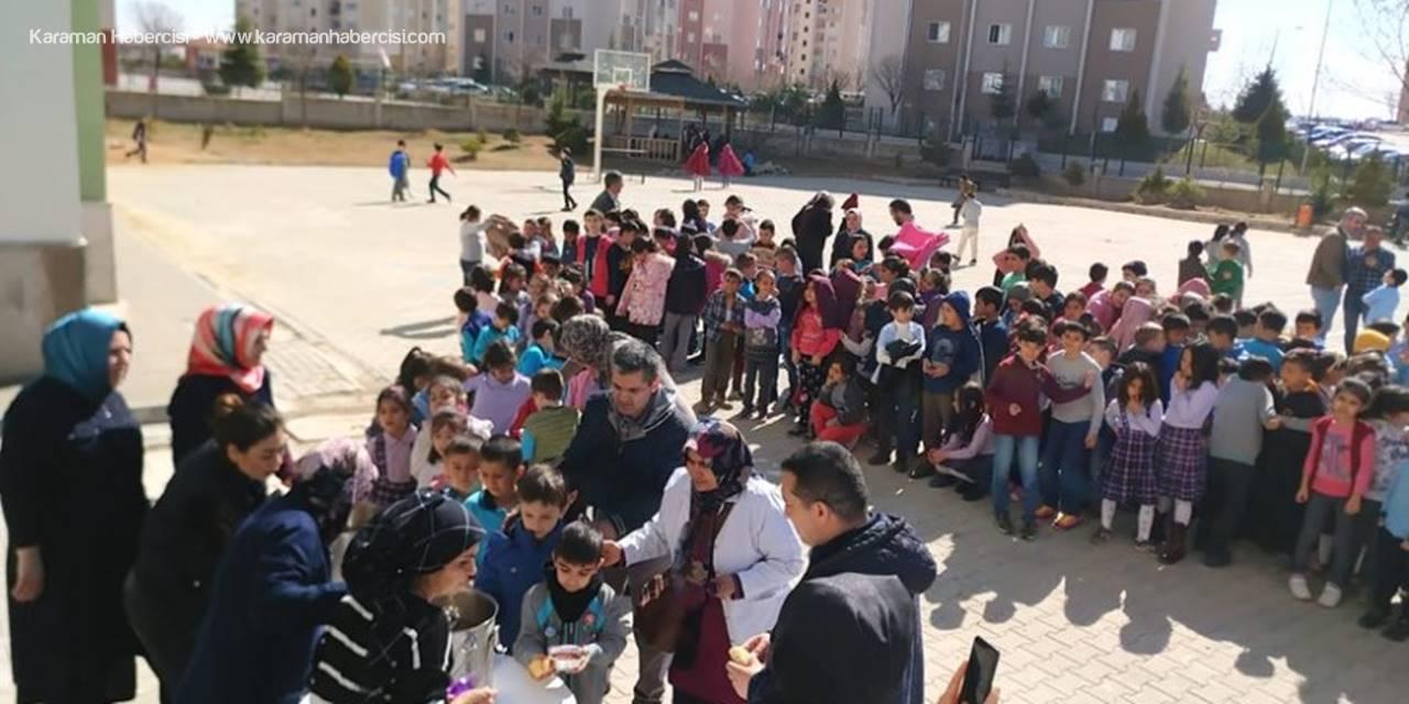 Karaman'da Minik Yürekler Dedelerini Andılar