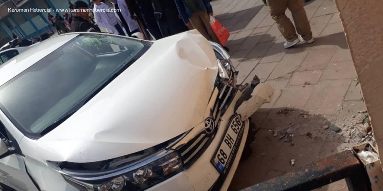 Aksaray'da Kalp Krizi Geçiren Sürücü Duvara Çarptı