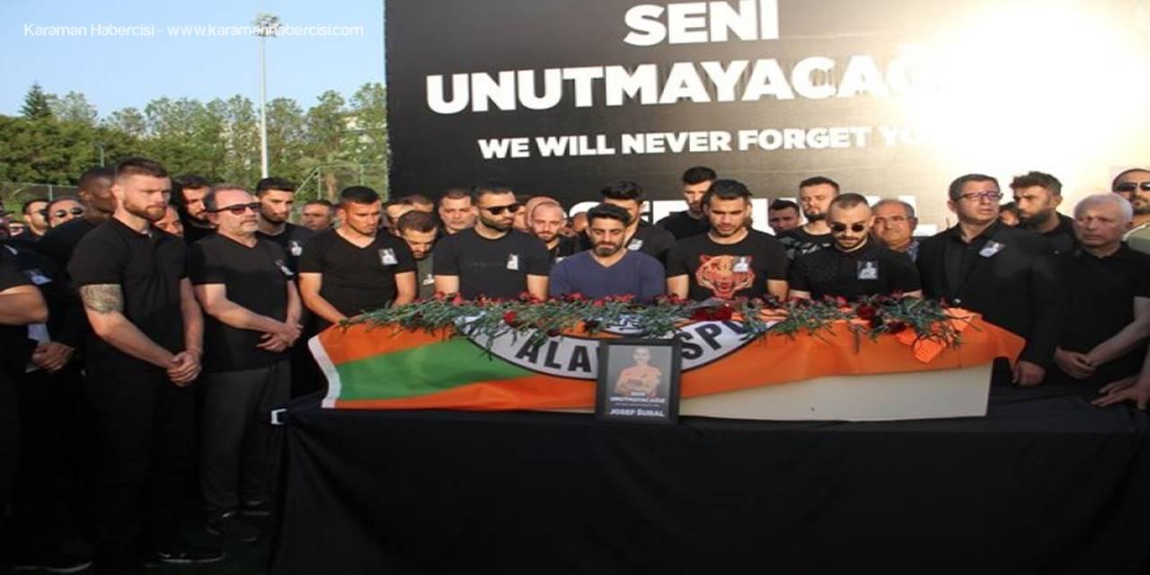 Josef Sural Son Yolculuğuna Gözyaşları İçerisinde Uğurlandı