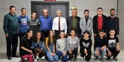 Başarılı Öğrencilerden Karaman İl Milli Eğitim Müdür V. Abdurrahman Kurt'a Ziyaret