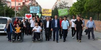 """Karaman'da """"KYK""""lı Gençler """"Engelliler Haftası""""nı Unutmadı"""