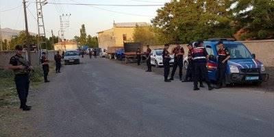 Köy Meydanında Silahlı Çatışma:3 Ölü, 8 Yaralı