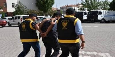 Aksaray'da Aranan 2 Kişi Yakalandı