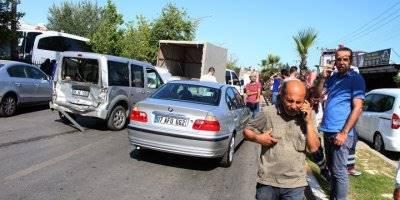 Antalya'da 8 Araç Birbirine Girdi