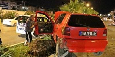 Antalya'da Makas Atan sürücü Kazaya Sebep Oldu