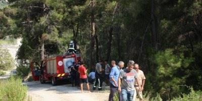 Antalya'da Traktör Uçuruma Devrildi: 1 Ölü, 1 Yaralı