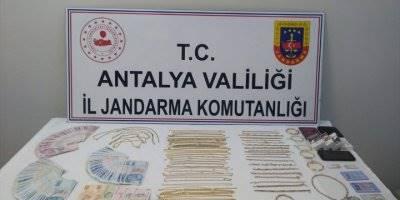 Antalya'daki Kuyumcu Hırsızlığı
