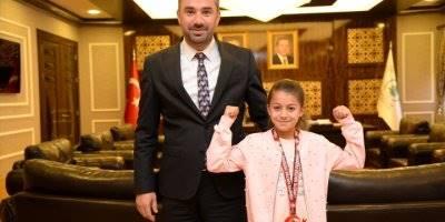 Minik Sporculardan Başkan Ertuğrul Çetin'e Ziyaret