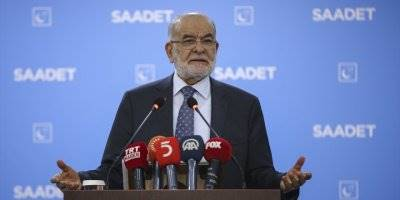 """Karamollaoğlu'ndan """"Üçlü Zirve""""de Alınan Kararlara Destek"""