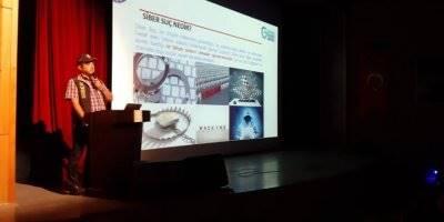 Mersin'in Gülnar İlçesinde Öğrencilere Yönelik Güvenli İnternet Semineri Düzenlendi