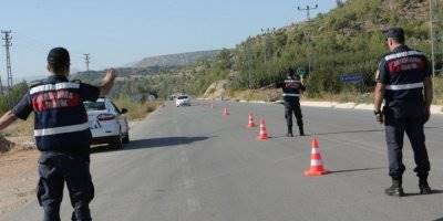 Mersin İl Jandarma Komutanlığı Ekipleri, Çeşitli Suçlardan Aranan 296 Kişiyi Yakaladı