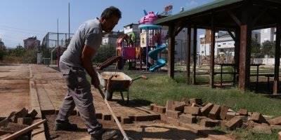 Kepez Belediyesinden Park Bakım Çalışması
