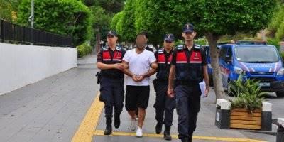 Antalya'da Kredi Kartı Dolandırıcısı Yakalandı