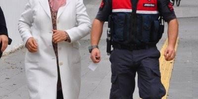 Oğluna Borcu İçin Kefil Olan Kadın Tutuklandı