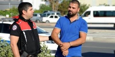 Motorize Yunus Ekibi Uyuşturucu Zanlılarını Motosikletlerine Çarparak Yakaladı