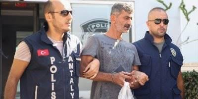Antalya'da 4 Kasa Patlatan Hırsızlar Yakalandı