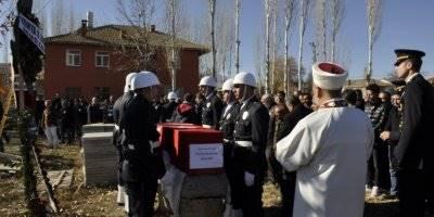Kalbine Yenik Düşen Polis Memuru İçin Konya'da Son Görev