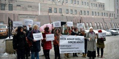 Eskişehir'de Kadınlardan Ayşe Tuba Arslan'ın Öldürülmesine Protesto