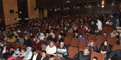 Özel Eğitim Meslek Okulu sahne programıyla göz doldurdu