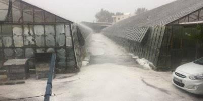 Kaş'ta Fındık Büyüklüğündeki Dolu Yağışı, Bazı Seralara Zarar Verdi