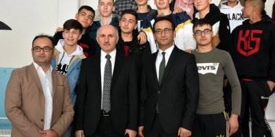Vali Meral ve İl Müdürü Çalışkan, Yetenekli Sporcuların Okulunda