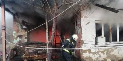 Konya'da Ev Yangınında Yaralı Kurtarılan Kişi Hayatını Kaybetti