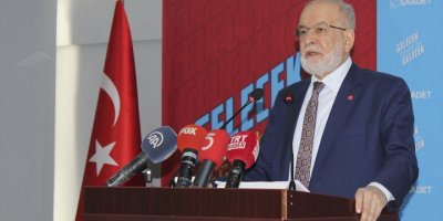 Karamollaoğlu'ndan Kktc Cumhurbaşkanı Akıncı'ya Eleştiri: