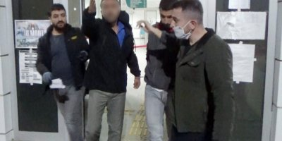 5 Bin Uyuşturucu Hapla Yakalandı, Gazetecilere Sardı